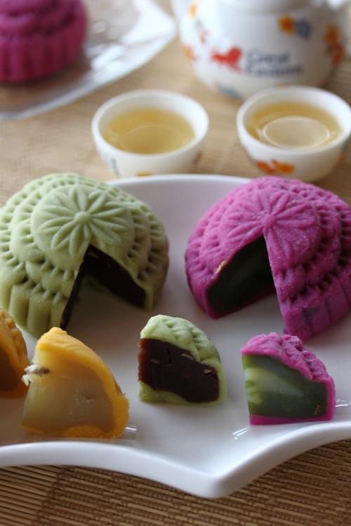 Chinese snow skin mooncake or crystal mooncake recipe.