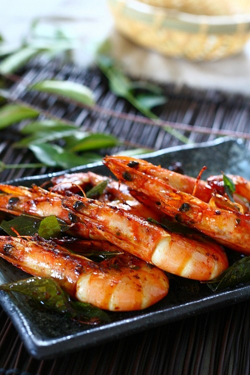 Shrimp with Curry Leaves recipe – The curry leaf is one of the many ...