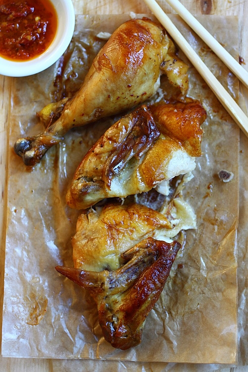 Juicy and delicious chopped roasted chicken in pieces.