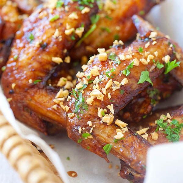 Pok Pok wings are Vietnamese fish sauce wings by Andy Ricker's Pok Pok restaurant. Easy Pok Pok Wings that you can make at home: tasty and addictive. | rasamalaysia.com