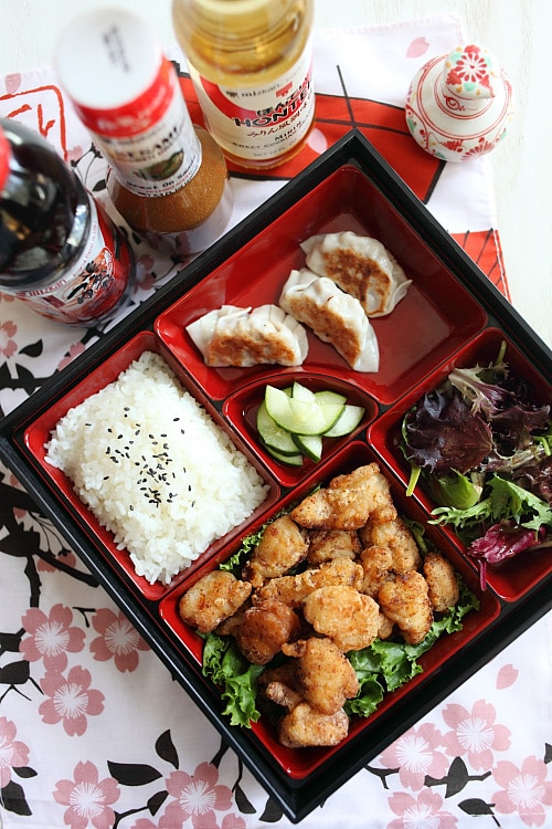 Easy and delicious Japanese fried chicken karaage bites in a bento lunch box.