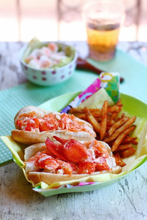Lobster Rolls - Homemade lobster rolls that is super easy, MUCH CHEAPER & a zillion times better than restaurants!!! | rasamalaysia.com