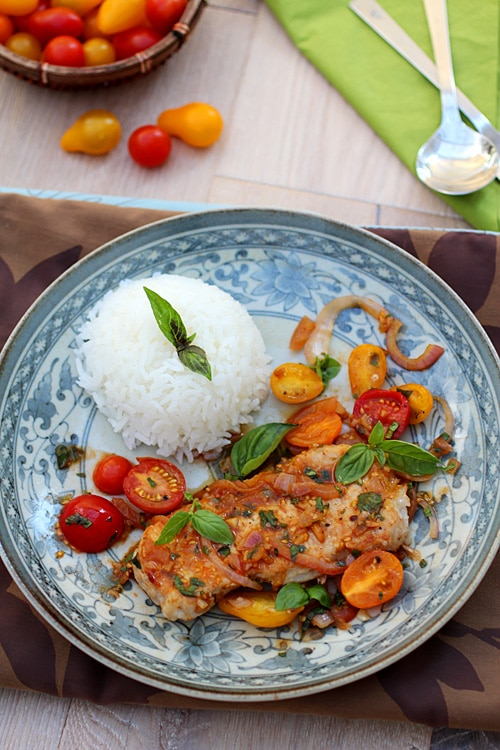 Sauté Pork with Tomatoes – The pork chop is sweet and sour in taste ...