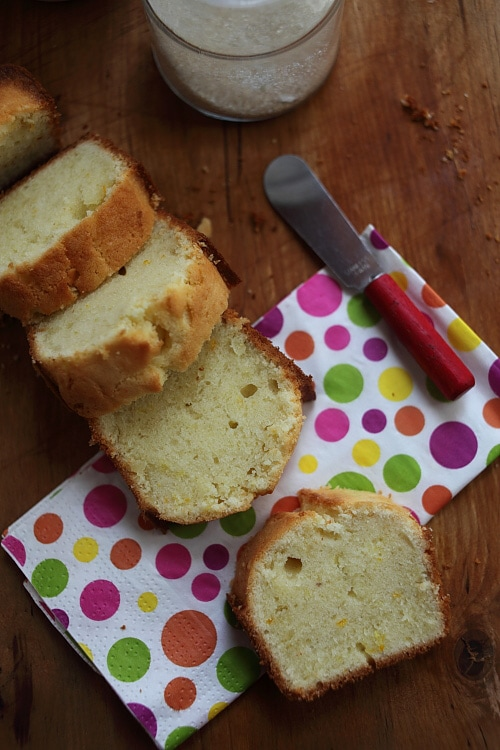 Easy and healthy homemade perfect pound cake slices, ready to serve.