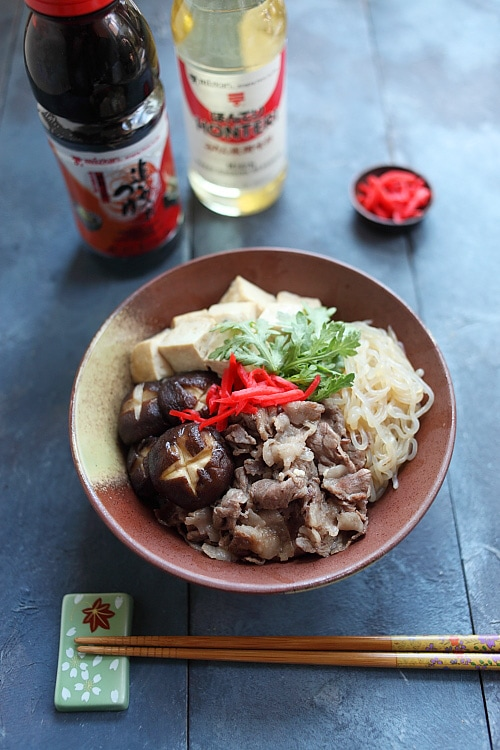 Easy sukiyaki donburi recipe made with Mizkan Bonito-Flavored Soup Base.