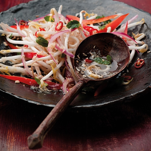 Coconut and Chili Kerabu Salad: My version is all raw, so it's super quick to make. It tastes fantastic with any grilled meat or fish and works beautifully with a creamy S.E. Asian curry. | rasamalaysia.com