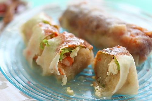 Popiah (Malaysian Fresh Spring Rolls) Recipe | rasamalaysia.com