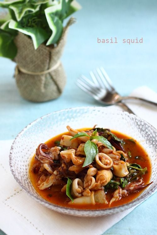 Thai basil squid is a popular Thai recipe using squid, basil leaves, and roasted chili paste. Easy recipe that takes only 30 minutes and tastes delicious. | rasamalaysia.com