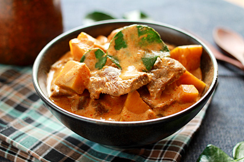 Easy Thai red curry with beef and pumpkin served in a bowl.