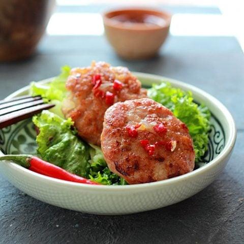Chicken Sausage Lettuce Wraps