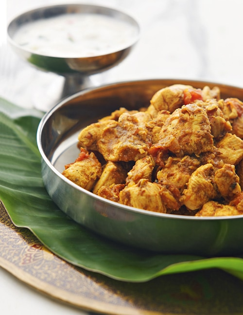 Cardamom chicken or masala murgh is an Indian chicken dish made with cardamom and spices. Delicious cardamom chicken or masala murgh. | rasamalaysia.com