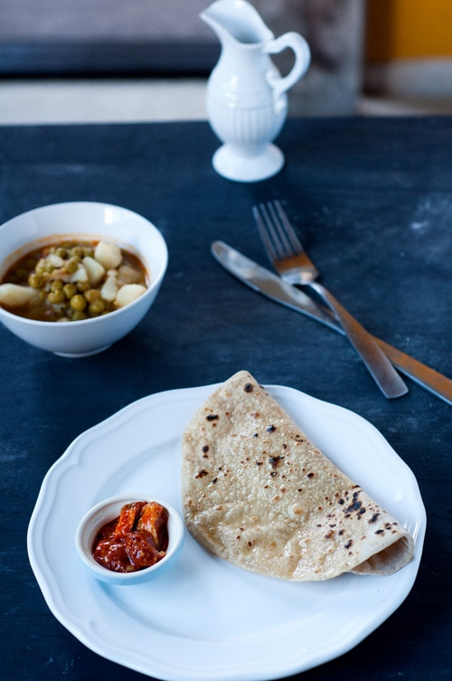 Indian chapati with a side of chutney.