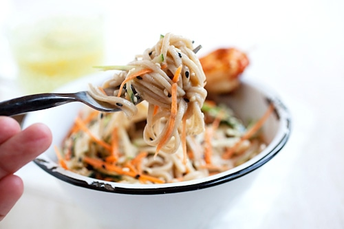 Easy Japanese cold soba noodles made with sesame, carrots, cucumbers and shrimps.