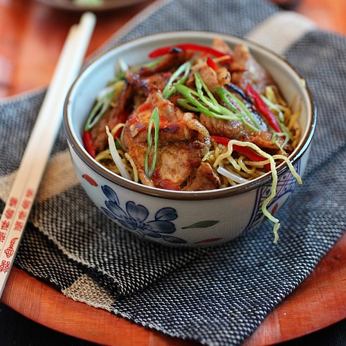 Super Delish Sweet and Sour Pork Noodles – sweet and sour flavor, with pork and noodles.Your tummy will be happy with this tried and tested recipe. | rasamalaysia.com