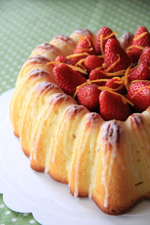 Easy Silician orange whole orange cake.