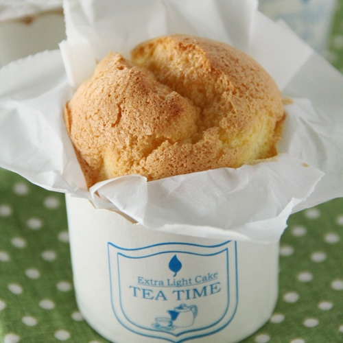 Paper-wrapped Mini Sponge Cake Recipe. Soft, cottony, pillowy, and airy, the best sponge cake EVER, wrapped in cute paper cups | rasamalaysia.com