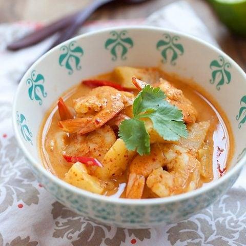 Thai Shrimp and Pineapple Curry