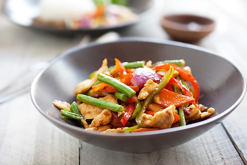Asian spicy chicken stir fry ready to serve.