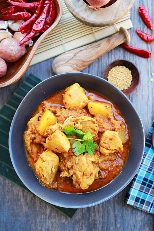 Easy Malaysian Eurasian devil's curry recipe.