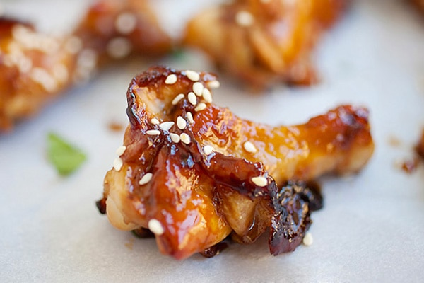 Chicken Wings - sweet and sticky wings with honey and soy sauce glaze ...