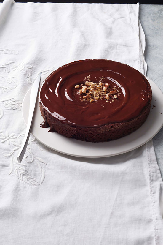 Easy and delicious homemade flourless chocolate-walnut torte.