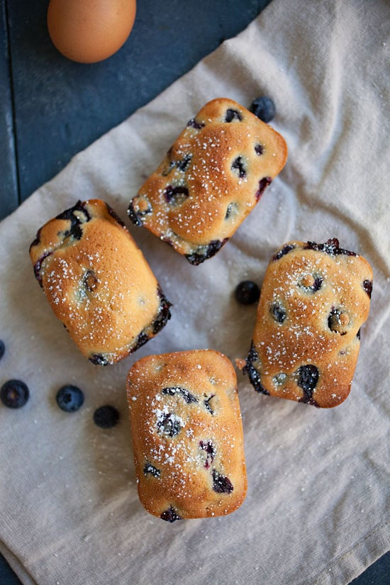 Easy and delicious homemade mini blueberry cake.