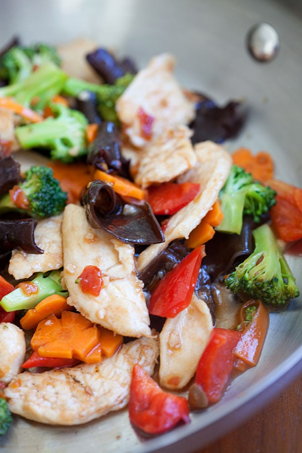 Easy Hunan Chicken recipe that is better than takeout