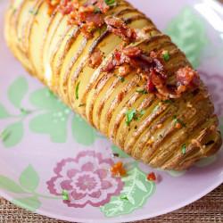 bacon parmesan hasselback potatoes