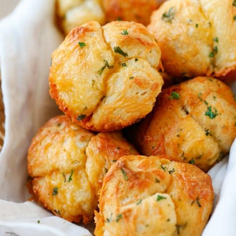 cheesy pull apart rolls