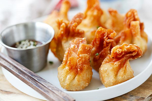 Chicken wontons - easiest and the best fried chicken wontons ever! Takes 20 mins to make including wrapping. Super crispy & yummy.  rasamalaysia.com