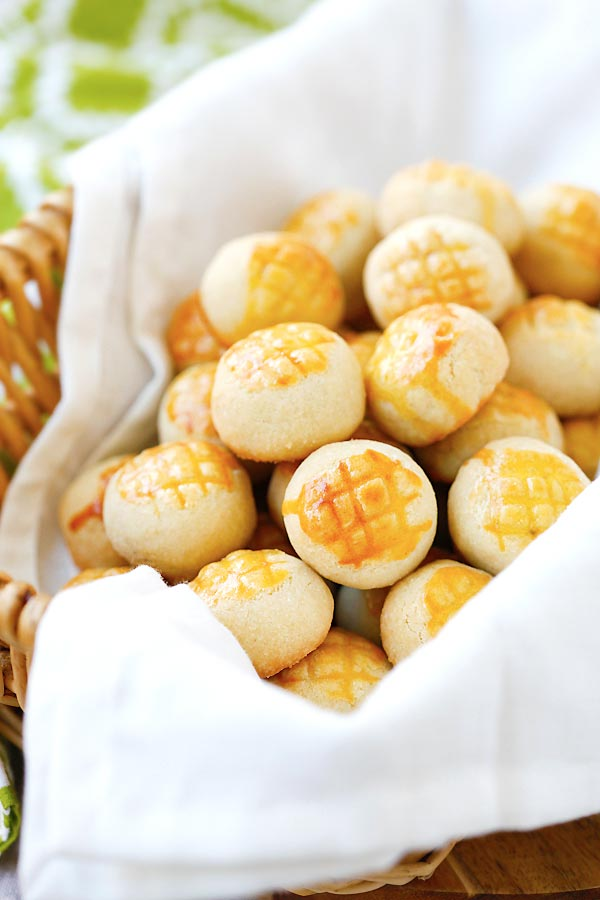 Easy and delicious homemade buttery, crumbly mini pineapple tarts pastry.