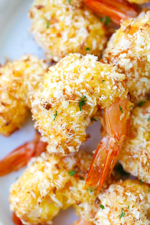 Healthy homemade baked crispy shrimp with coconut.
