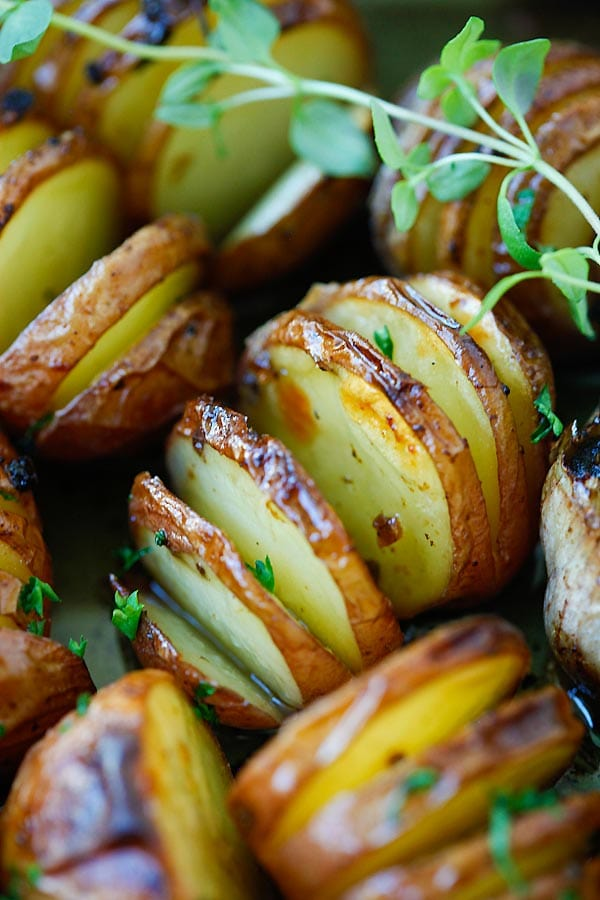 Quick and easy Garlic Herb hasselback Potatoes recipe.