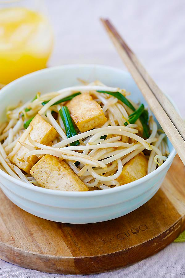 Easy and healthy Bean Sprouts with Tofu in a bowl.