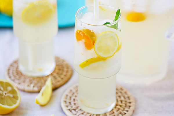 Coconut Water Lemonade - amazing and refreshing lemonade made with coconut water and fresh lemon juice. The best lemonade recipe ever! | rasamalaysia.com