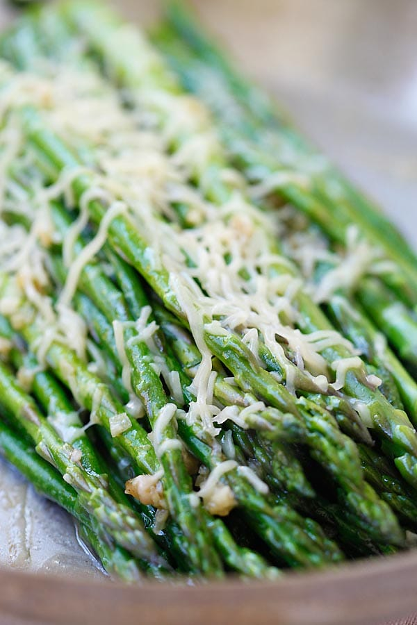 Quick and easy Parmesan Asparagus on a skillet.