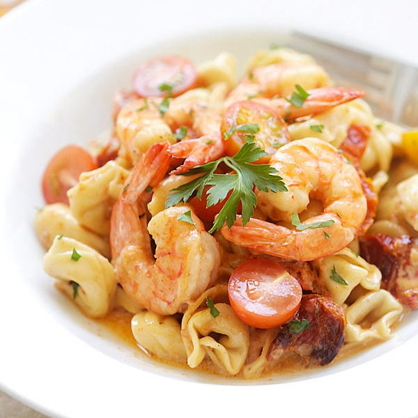 Shrimp & Sun-Dried Tomato Tortellini