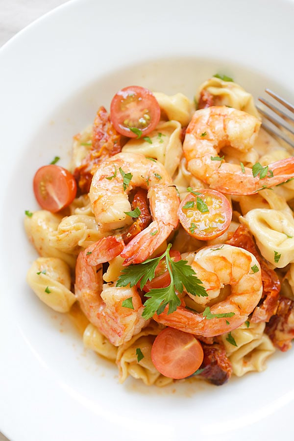 Amazing recipe for creamy Shrimp & Sun-Dried Tomato Tortellini. Budget-friendly and tastes better than any Italian restaurant's! | rasamalaysia.com