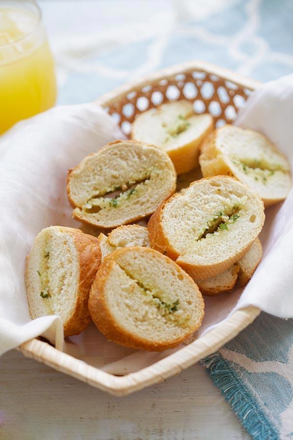 Easy and delicious homemade garlic bread in a bread basket