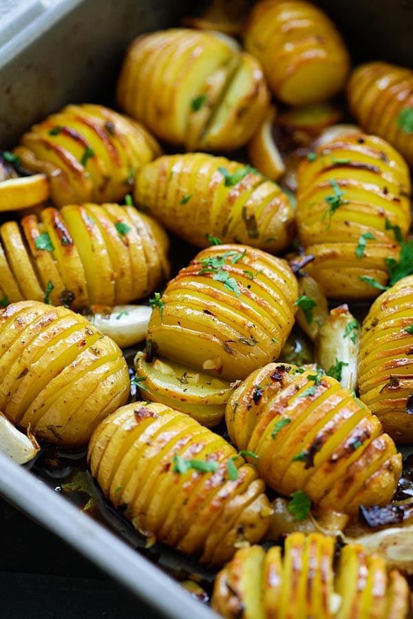 Lemon Herb Roasted Potatoes - BEST roasted potatoes you'll ever make, loaded with butter, lemon, garlic and herb. 15 mins active time! | rasamalaysia.com