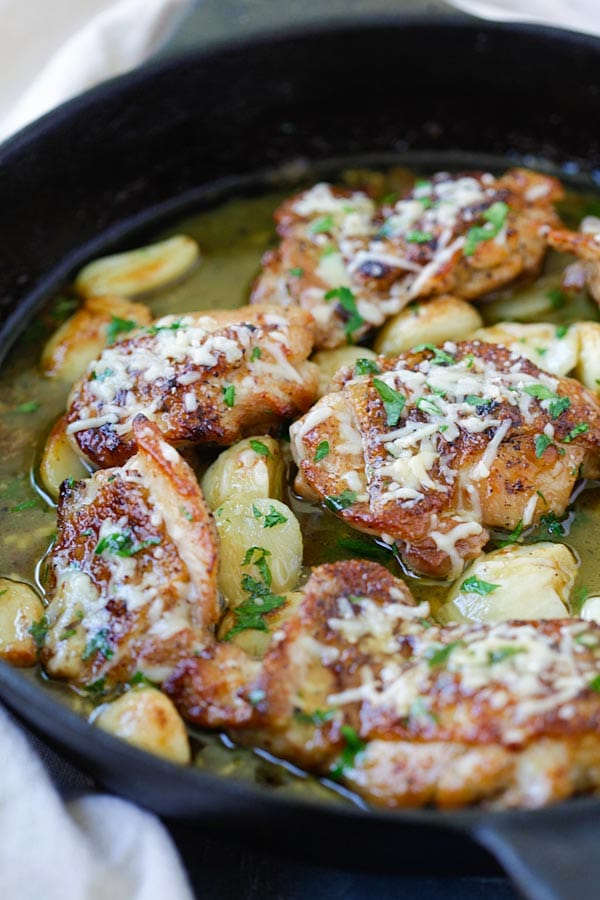 Buttery Garlic Parmesan Chicken - amazing skillet chicken with garlic and Parmesan cheese. Made with simple ingredients but SO good! | rasamalaysia.com