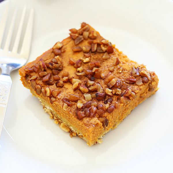 Pumpkin Pecan Pie Squares – sweet, nutty, crumbly pumpkin dessert topped with toasted pecans, so good, addictive you won't stop eating! | rasamalaysia.com