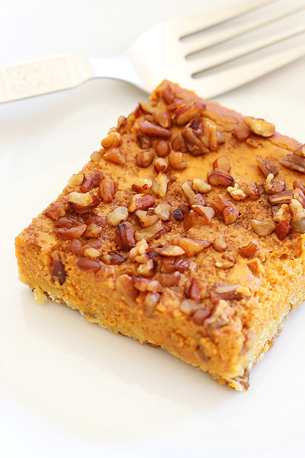 Easy healthy homemade pumpkin pecan pie cake.