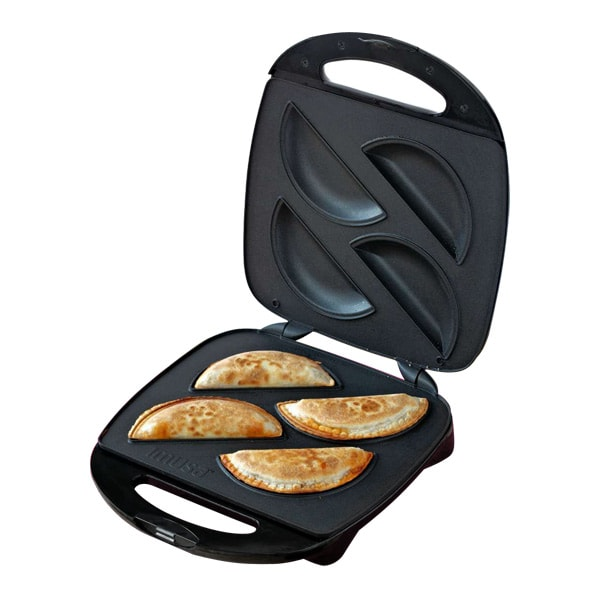 IMUSA Empanada Maker Giveaway (CLOSED)