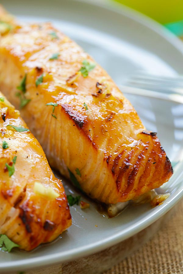 Honey Mustard Baked Salmon - moist, juicy and best baked salmon ever ...