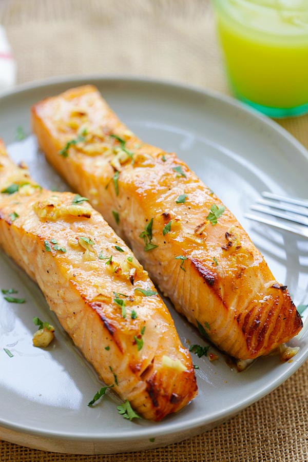 Easy homemade Honey Mustard Baked Salmon on a plate.