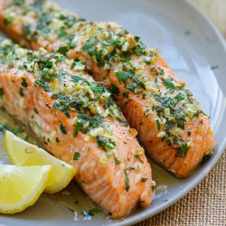 https://rasamalaysia.com/wp-content/uploads/2015/11/garlic-herb-roasted-salmon-thumb.jpg