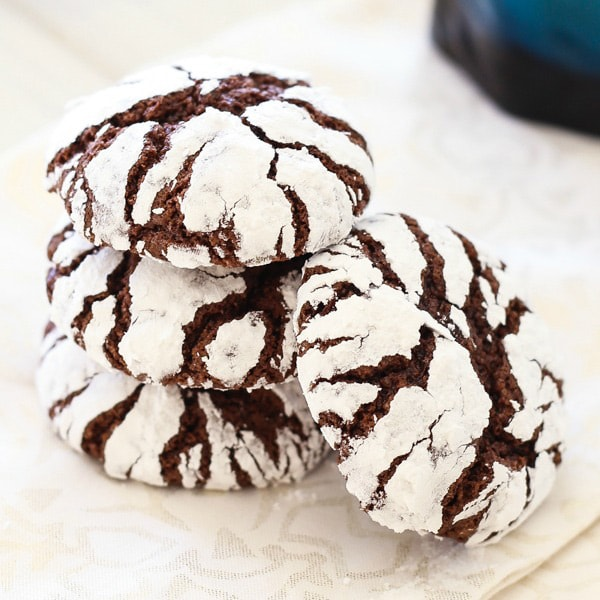 Chocolate Crinkle Cookies - best, homemade, classic Christmas holiday ...