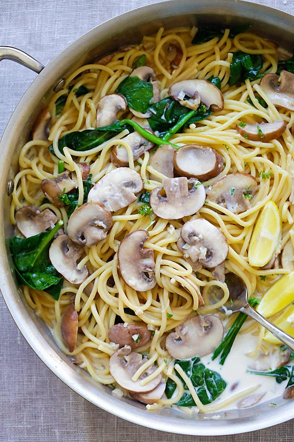 Creamy Mushroom Pasta recipe in one pot, ready to serve.
