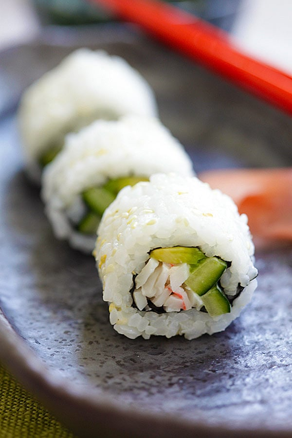 California Roll - easy homemade California roll. Learn how to make ...